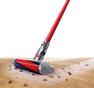 Dyson V6 Total Clean auf Holzboden